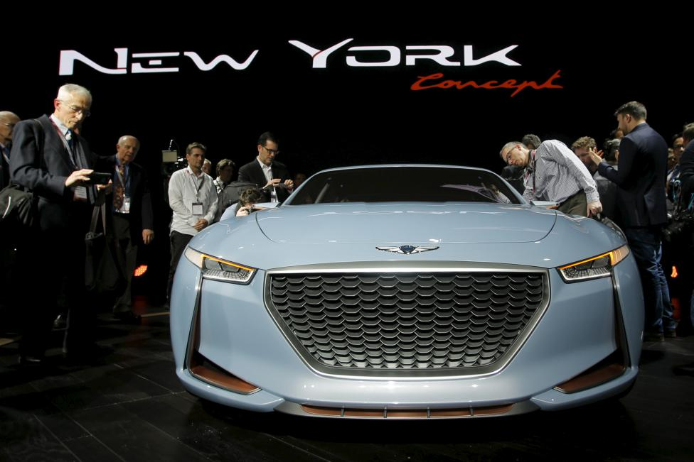 Auto-show-new-York-2016-vinegret (1)