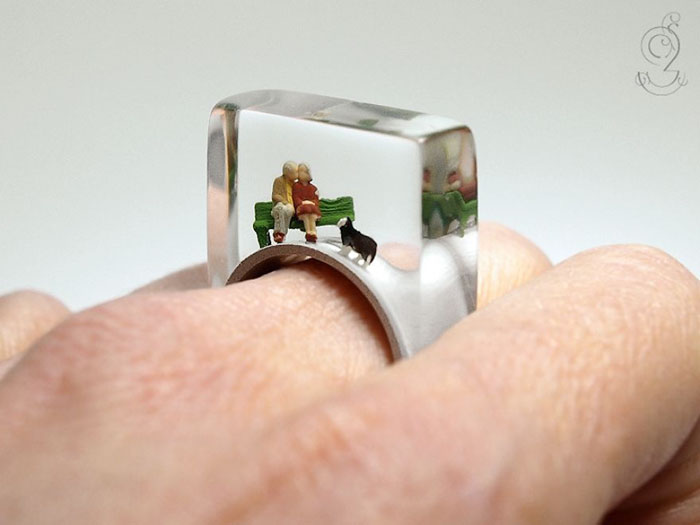 miniature-worlds-inside-jewelry-isabell-kiefhaber-vinegret (5)