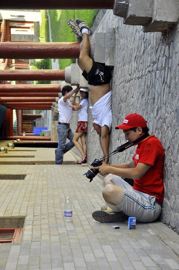 forced-perspective-creative-angle-photography-vinegret (12)