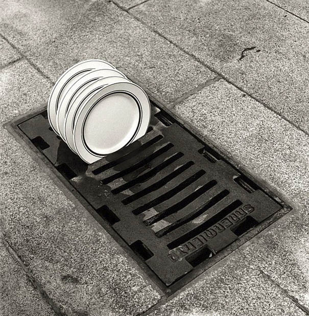 black-and-white-photography-optical-illusions-chema-madoz-jose-maria-rodriguez-vinegret (1)