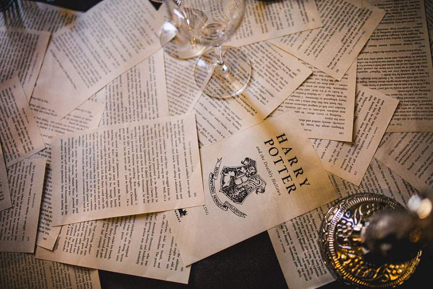 harry-potter-themed-wedding-cassie-lewis-byrom-vinegret (15)