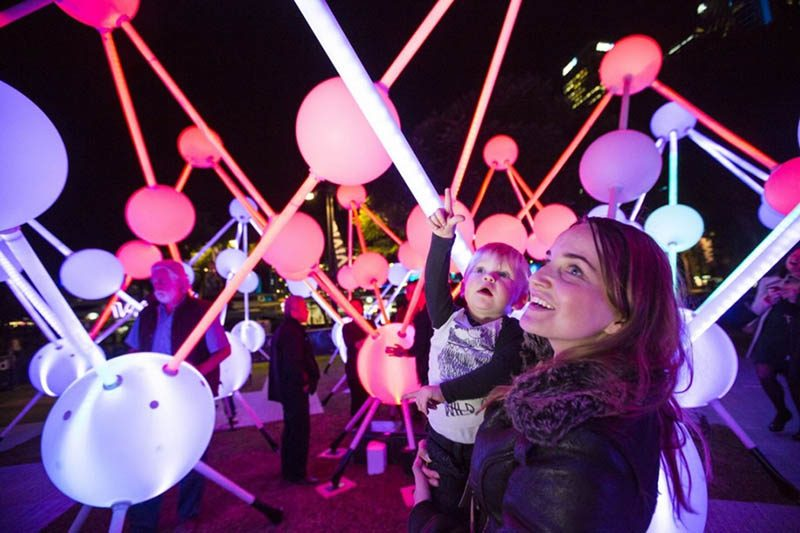 Festival-of-light-Sydney-Vivid-Sydney-vinegret (9)