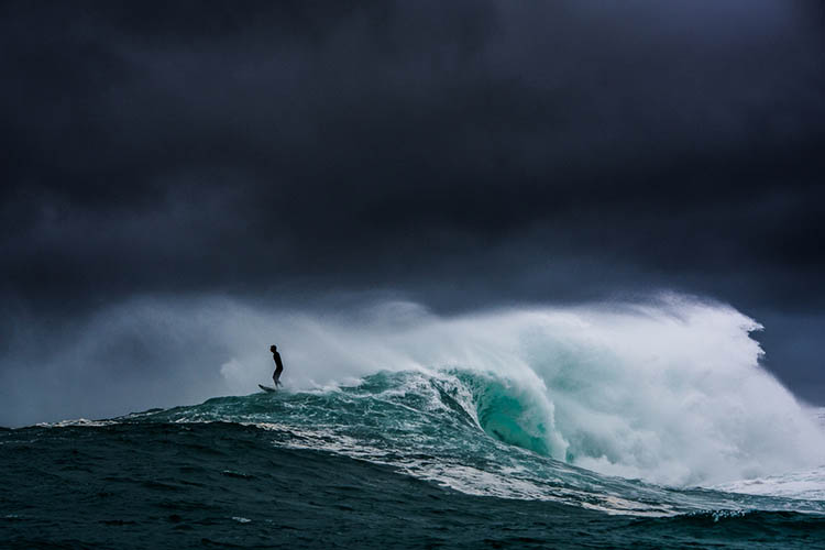 Surfer-photographer-Leroy-Bellet-and-his-impressive-shots-vinegret (13)