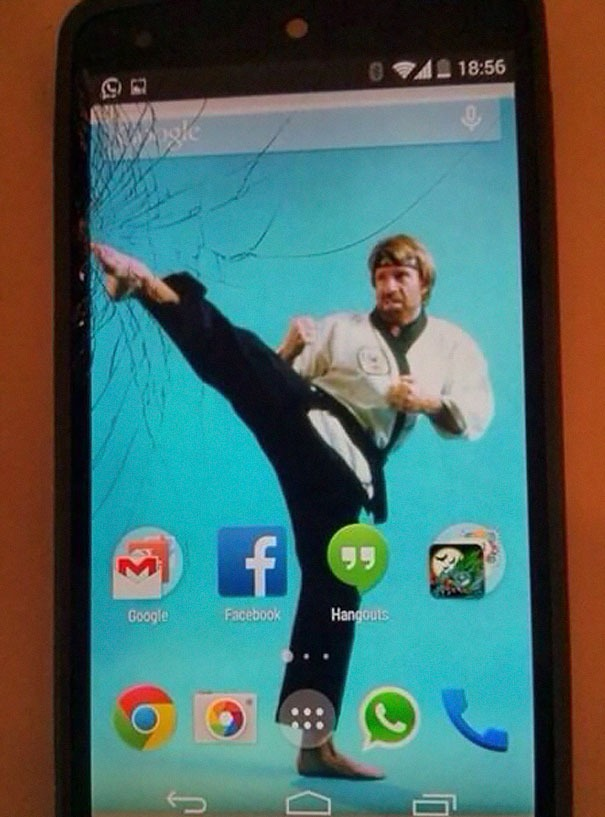 cracked-phone-screen-funny-solutions-wallpapers-vinegret (1)