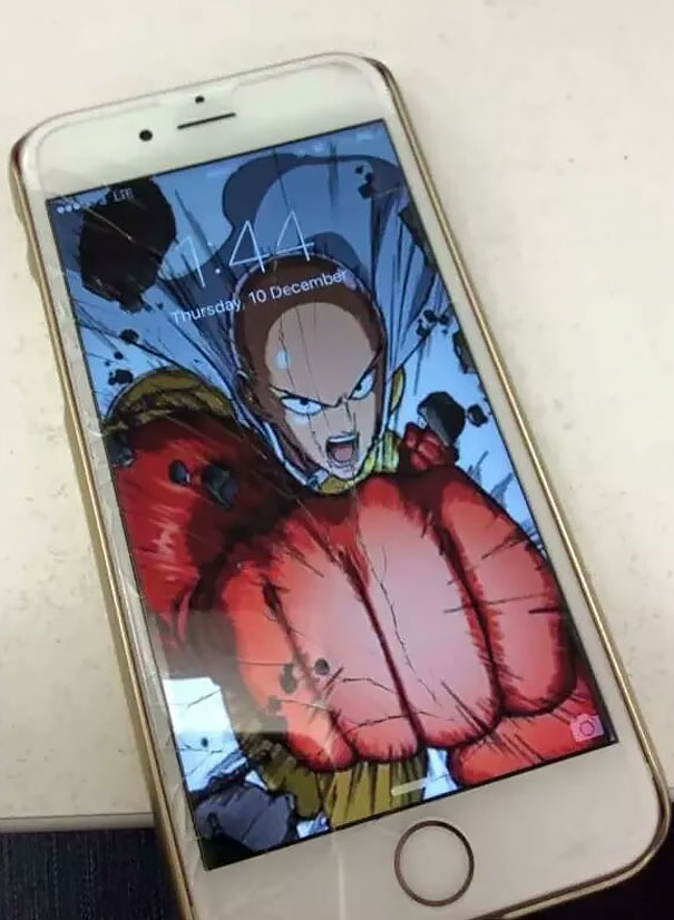 cracked-phone-screen-funny-solutions-wallpapers-vinegret (15)