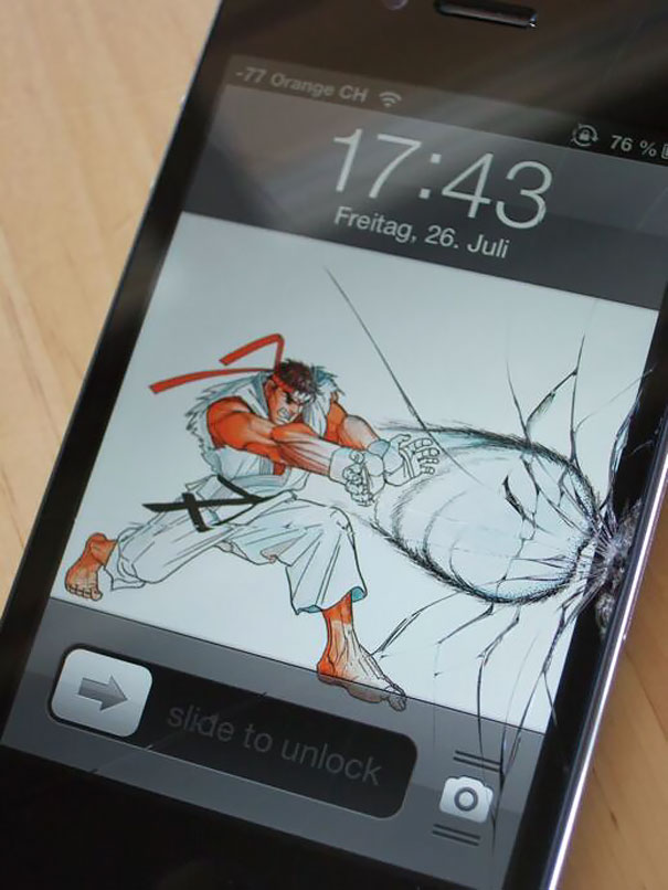 cracked-phone-screen-funny-solutions-wallpapers-vinegret (3)