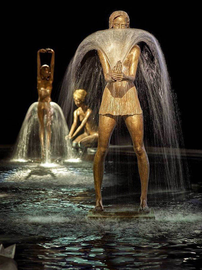 bronze-fountain-sculptures-malgorzata-chodakowska-vinegret (1)