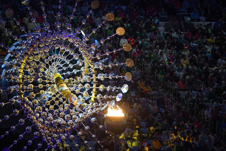 2016-Olympics-Closing-Ceremony-Rio-vinegret (1)