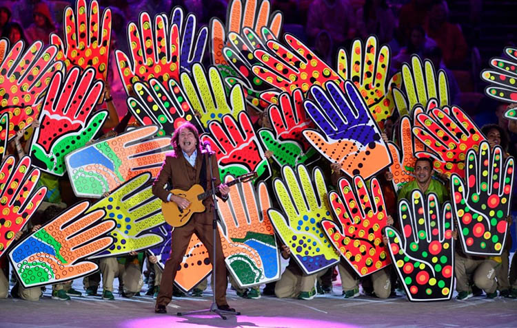 2016-Olympics-Closing-Ceremony-Rio-vinegret (10)