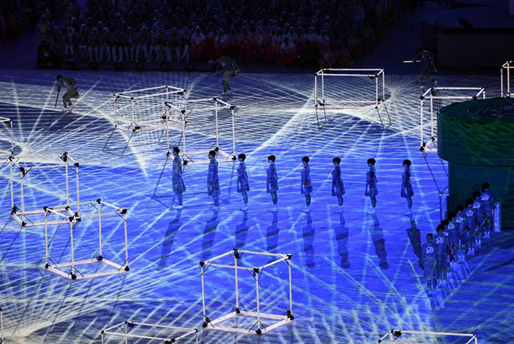 2016-Olympics-Closing-Ceremony-Rio-vinegret (3)
