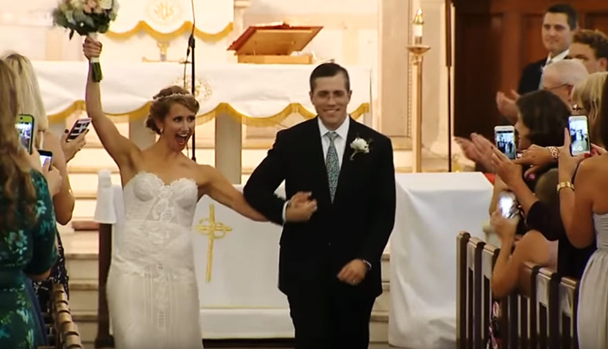 donated-dad-heart-wedding-walk-down-aisle-jeni-lynne-arthur-thomas-vinegret (1)