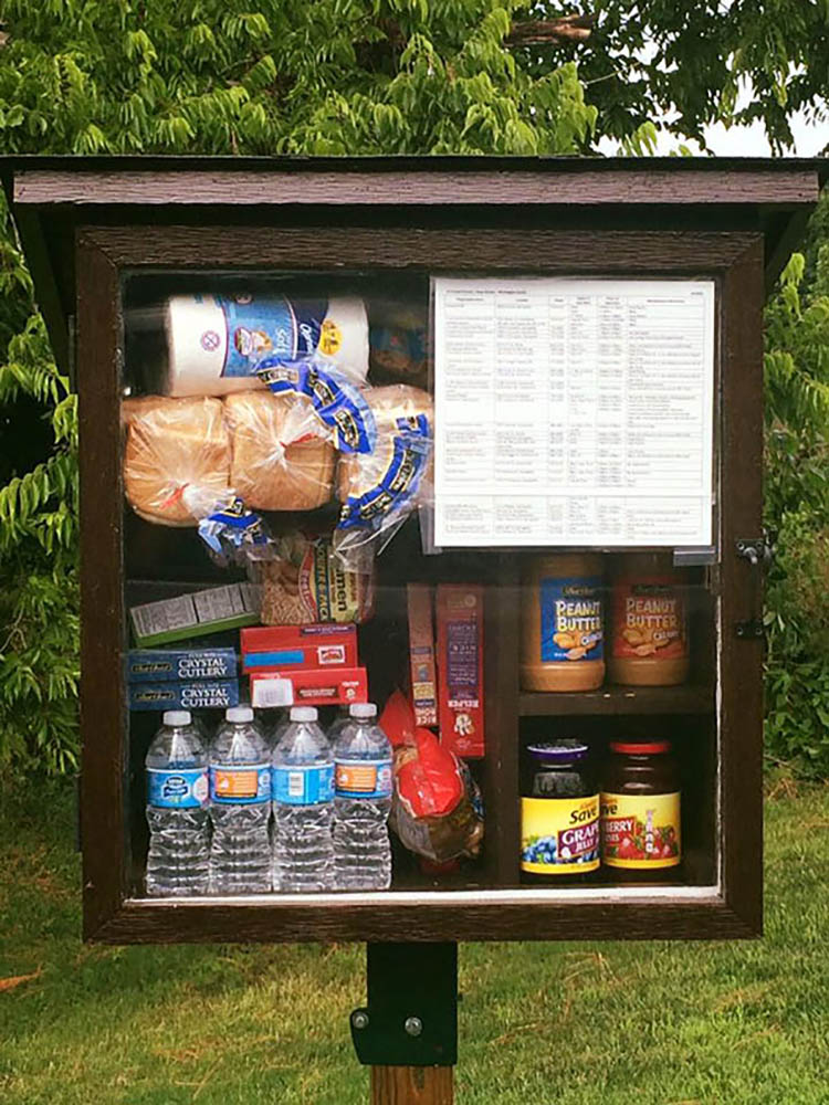 free-little-pantry-feed-homeless-poor-jessica-mcclard-vinegret (3)