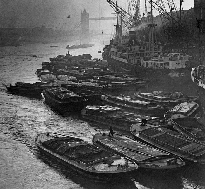 london-fog-old-vintage-photography-20th-century-vinegret (14)