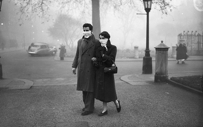 london-fog-old-vintage-photography-20th-century-vinegret (16)