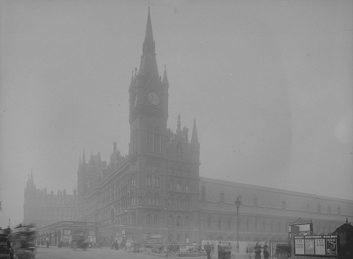 london-fog-old-vintage-photography-20th-century-vinegret (18)