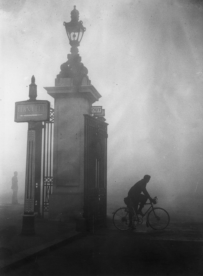 london-fog-old-vintage-photography-20th-century-vinegret (4)