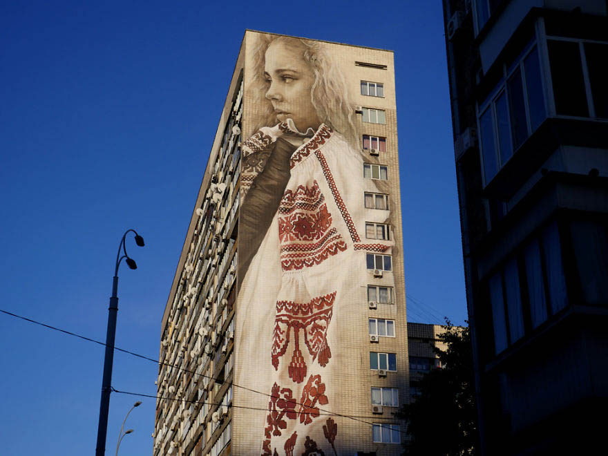 the-giant-art-transforming-kiev-vinegret (2)