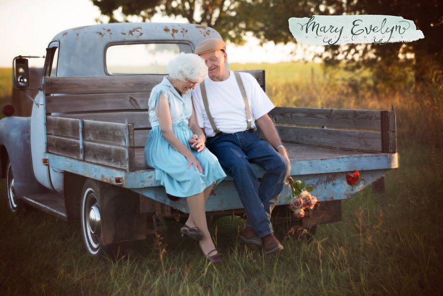57-years-marriage-elderly-couple-love-notebook-photoshoot-mary-evelyn-clemma-sterling-elmor-vinegret-4