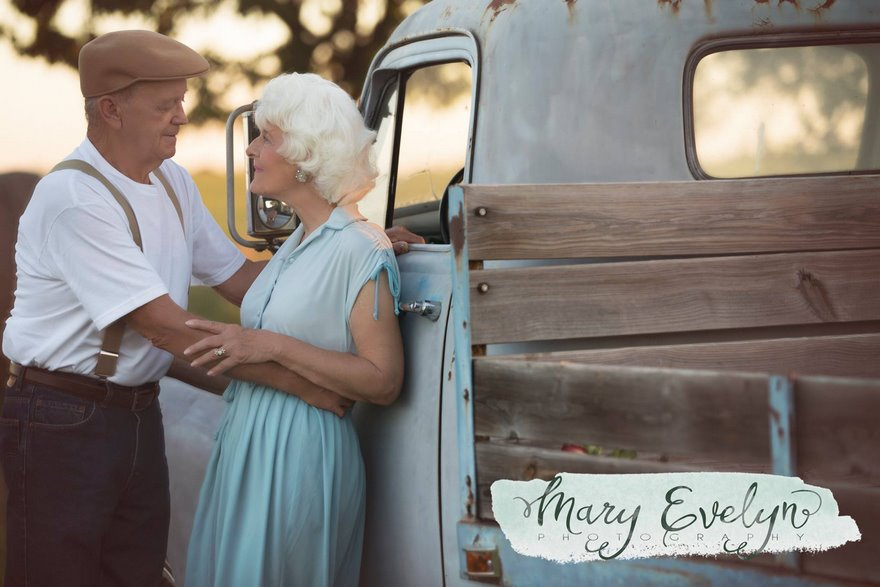 57-years-marriage-elderly-couple-love-notebook-photoshoot-mary-evelyn-clemma-sterling-elmor-vinegret-6