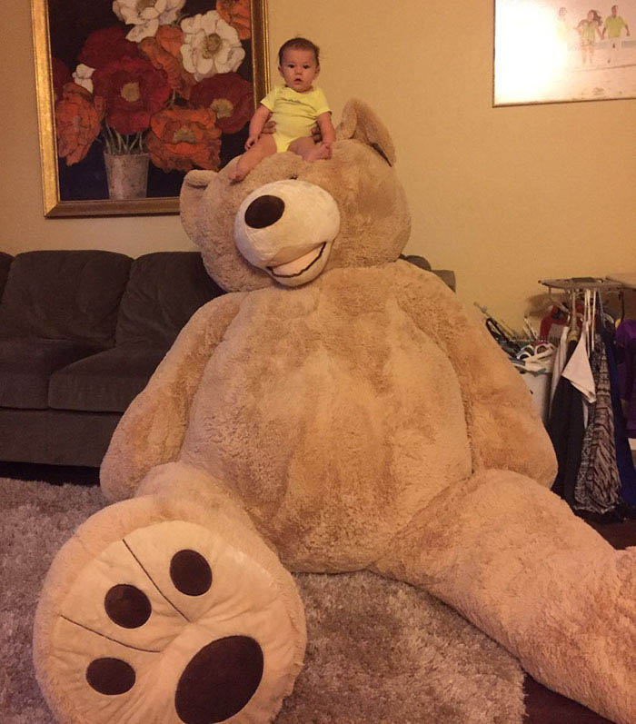 grandfather-baby-gift-giant-teddy-bear-madeline-jane-sabrina-gonzalez-vinegret-1