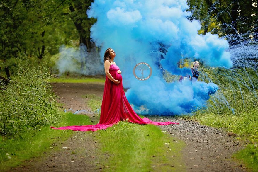 after-6-miscarriages-this-mom-finally-celebrated-her-rainbow-baby-with-a-colorful-photoshoot-vinegret-2