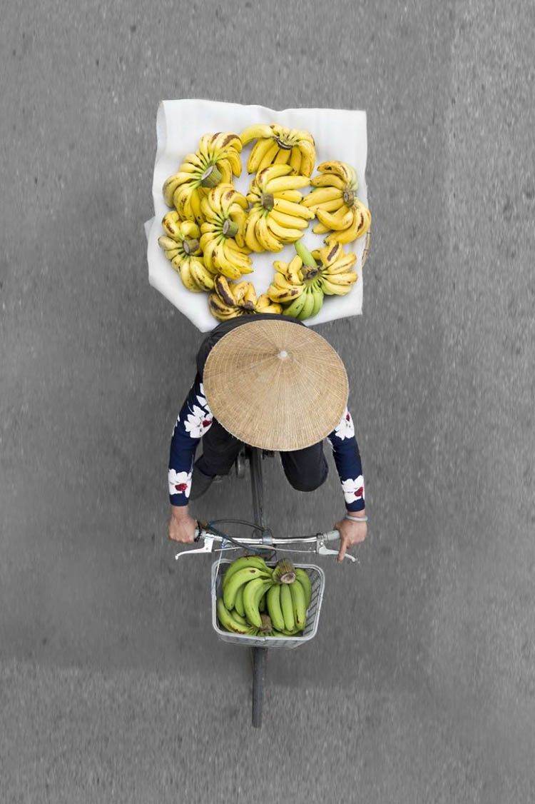 vietnam-vendors-from-above-vinegret-10