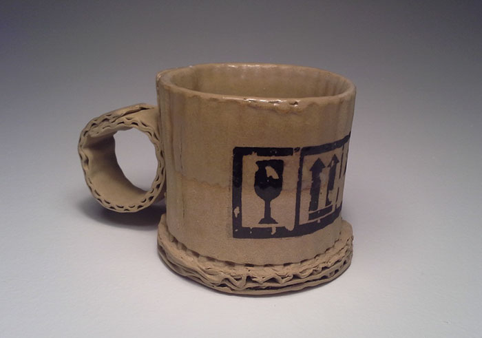 ceramic-cardboard-mugs-tim-kowalczyk-vinegret-2