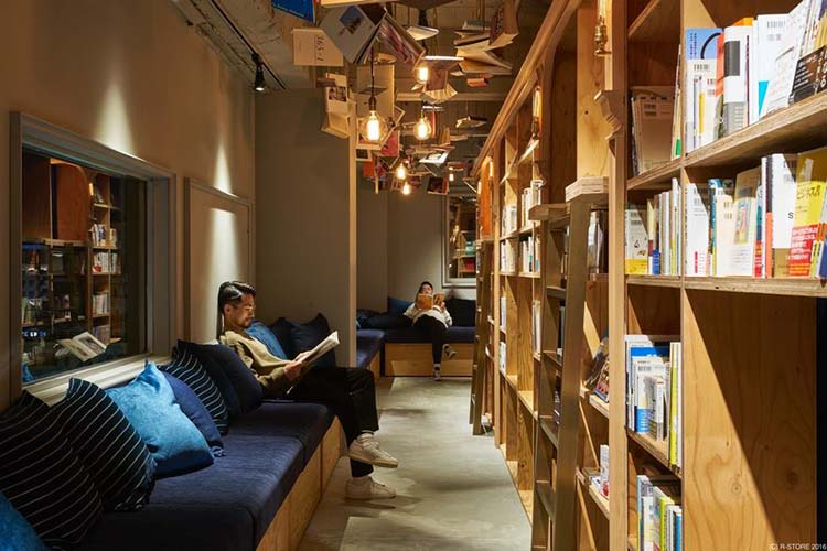 bookstore-hostel-book-and-bed-tokyo-kyoto-vinegret-2