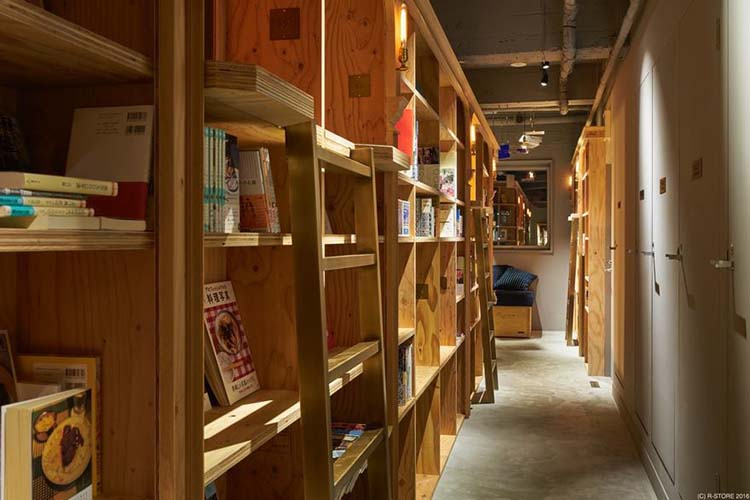 bookstore-hostel-book-and-bed-tokyo-kyoto-vinegret-7
