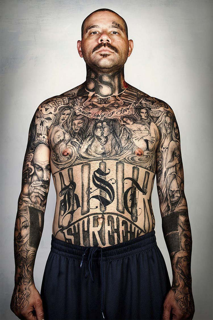 ex-gang-members-tattoos-removed-skin-deep-steven-burton-vinegret-13