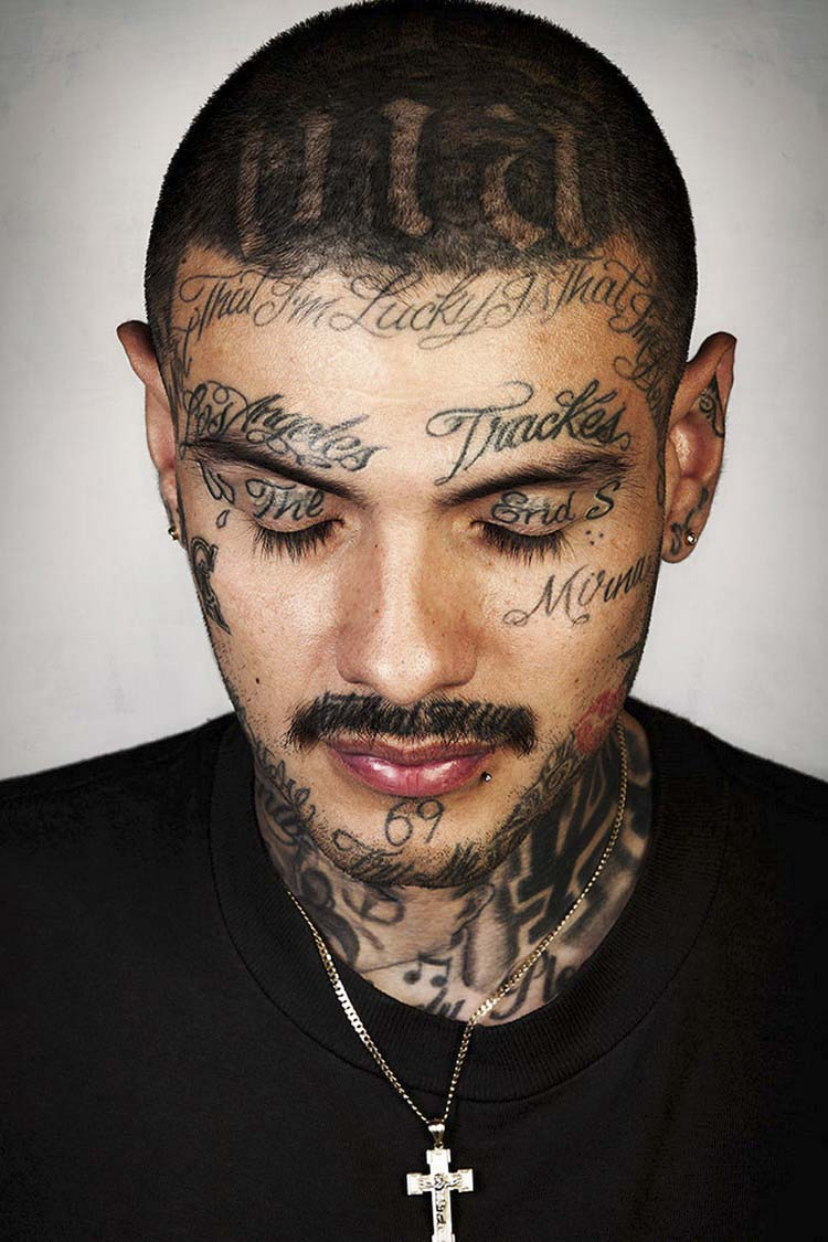 ex-gang-members-tattoos-removed-skin-deep-steven-burton-vinegret-15